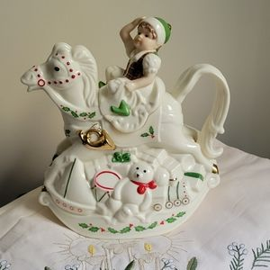 Lenox - Elf & Rocking Horse Teapot